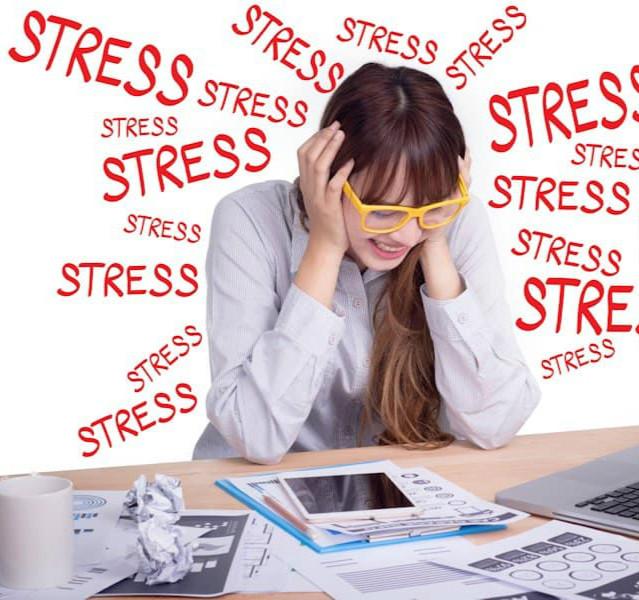 Nên tránh stress để giảm nguy cơ làm giảm miễn dịch của cơ thể.
